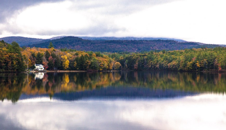 A roadside lake in New Hampshire